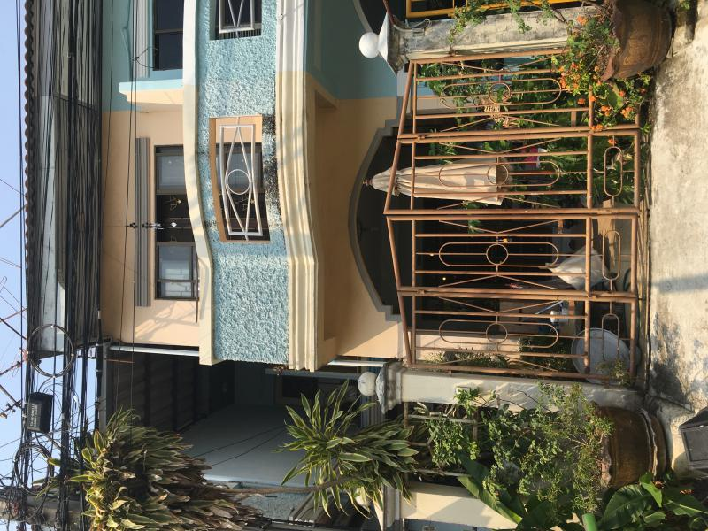 บ้านแฝดสองชั้น 6400 กรุงเทพมหานคร เขตลาดกระบัง คลองสามประเวศ